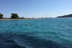 Snorkling-i-The-Blue-Lagoon