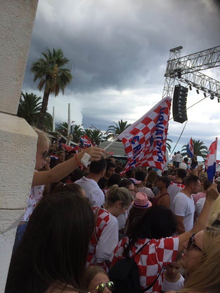 Det Kroatiske fodboldlandshold modtages i Split